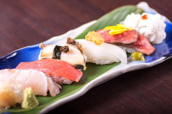 寿司6貫盛