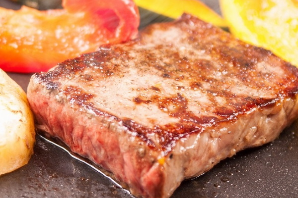 山形牛ステーキ